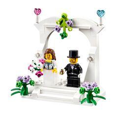 Lego Wedding Theme Ideas and Inspiration Cake Topper Fantastical Weddings Cake Topper fantasticalweddings.com Create your own Geek Wedding!
