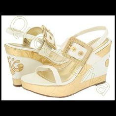 Gold off white pearl wedge heel sandals shoe 8.5-9 These rare gold & pearl wedges by Beyonce's Dereon line are comfy & chic. Add a touch of glamour to your outfit. Marked size 8.5 will fit a 9 also. Adjustable strap for tightness. Worn no more than twice. Great condition. Dereon Shoes Sandals