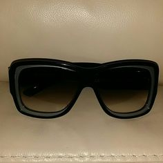 Yves Saint Laurent Sunglasses Beautiful glasses that can be worn for all occasions. Sorry,  no Case!!:( Yves Saint Laurent Accessories Glasses