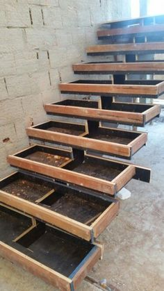 Escada estrutura de concreto #stairs #concrete #stairs Staircase Outdoor, Concrete Staircase, Staircase Handrail, Concrete Steps, Staircase Design, Architecture Blueprints, Stairs Architecture, Architecture Details, Steel Stairs