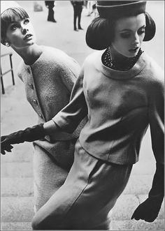 "Jean Shrimpton by David Bailey Dorothea McGowan on right. Two Sixties ""power models"" at work ! David Bailey Photographer, History Of Jeans, Joan Leslie, Jean Shrimpton, Vintage Fashion, Vintage Outfits, English Fashion, Mode Vintage, Vestidos"