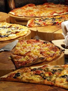 What would you like on your #Pizza at http://www.slice-a-pizza.co.uk @Love_Food_UK