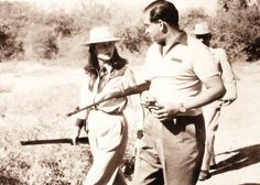 Maharani gayatri devi & maharaja Sawai man singh second of jaipur on the hunting campaining in the forest, A rare pic, Jaipur, Maharani Gayatri Devi, Street Style India, Beautiful Nature Pictures, Satin Saree, Vintage India, Vintage Bollywood, India People, Historical Pictures