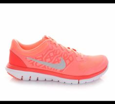 NEW!!  Lava Women's Nike Flex 2015