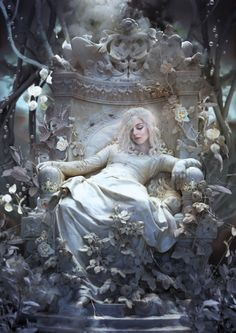 la belle endormie by alexandra v bach Illustration Now! Foto Fantasy, Fantasy Kunst, Dark Fantasy, Fantasy Women, Medieval Fantasy, Fantasy Artwork, Fantasy Photography, Photography Composition, Coffee Photography