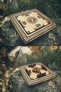 Hnefatafl (jeu nordique) semblant très proche du Gwezboell celte