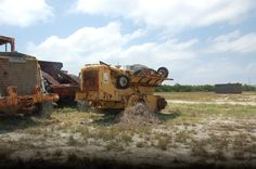 Used Equipment, Heavy Equipment, Cat Machines, Cannon, Military Vehicles, Construction, Auction, Pictures, Trucks
