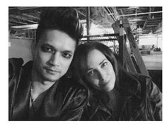 Magnus and Jocelyn, love this picture, it's beautiful xx