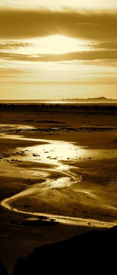 Dawn of glory at the Great Salt Lake in Utah • photo: LightWorks on deviantart