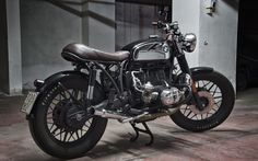 Bmw R100 Brat Style ''Shine'' by Motorecyclos #bratstyle #motorcycles #motos | caferacerpasion.com