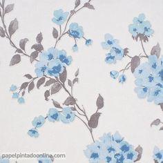 Papel Pintado estampado floral fondo gris flores en azul celeste 5961-08 Si te gusta la decoración y comprar a buen precio este papel de pared floral te encantara ya que estamos frente a uno de los mejores productos en cuanto a calidad y ahora lo podrás comprar por tan solo 17,95 € Rollo, no te lo piedras.