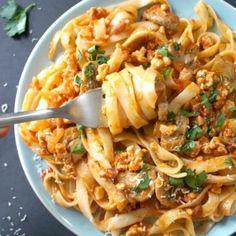 Yummy Pasta Recipes, Chicken Pasta Recipes, Healthy Dinner Recipes, Cooking Recipes, Yummy Food, Tagliatelle Carbonara Recipe, Mushroom Recipes, Pasta Dishes, Tagliatelle