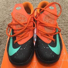 KD 6 Texas Great condition. Never worn Nike Shoes Sneakers