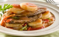 Bifes a la criolla con papas Low Carb Recipes, Healthy Recipes, Healthy Food, High Carb Foods, Atkins Diet, Ketogenic Diet, Pork, Beef, Breakfast