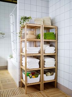 The open shelves of the IKEA MOLGER shelf unit keep all of your bath products including towels and toiletries organized and accessible! The post The open shelves of the IKEA MOLGER shelf unit keep all of your bath products in appeared first on badezimmer. Ikea Molger Regal, Small Bathroom Organization, Bathroom Ideas, Organization Ideas, Ikea Bathroom Storage, Rental Bathroom, Bath Towel Storage, Bathroom Shelves For Towels, Towel Shelf