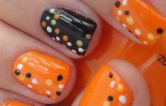 Uñas decoradas color naranja, uñas decoradas color naranja puntos.   #uñascolor #colournailart #uñaslindas