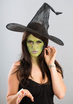7-Halloween-Witch-Costume