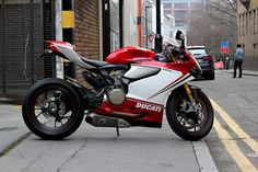 .  Ducati 1199S Panigale Tricolore by Blow Dog on Flickr.