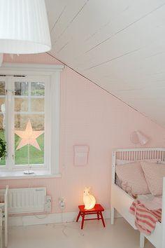 lovely room for little ladies