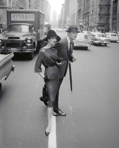 Simone D'Aillencourt, Park Avenue South, c. 1959 © William Helburn / Staley-Wise Gallery New York
