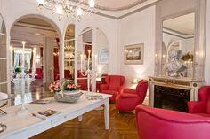 parisian decorating ideas | 2009/10/modern,hotel,vernet,paris,bar,interior,design