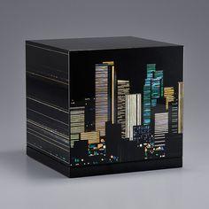 漆 螺鈿 Lacquer and mother of pearl box by Miyoshi Kagari