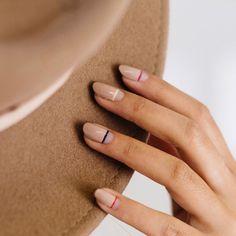 Nude νύχια: 10 διαφορετικές ιδέες για αυτόν τον Νοέμβριο