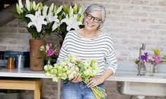 Como fazer arranjos de flores: 5 floristas famosos ensinam - Casa - MdeMulher - Ed. Abril