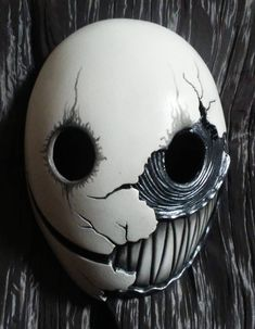 probably the most best most suited mask for smile. Except the whole teeth creepy thing. Creepy enough as it is without the teeth. Arte Horror, Masks Art, Resin Casting, 3d Prints, Custom Paint, Mask Design, Drawing Reference, Character Art, Character Sketches
