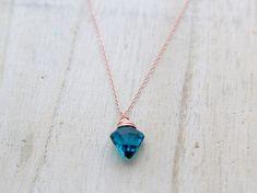 Pfeilspitze Halskette in Gold blaugrün Rosenquarz