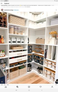 Clever Pantry Organization Ideas - The Wonder Cottage Kitchen Pantry Design, Home Decor Kitchen, Home Kitchens, Kitchen Sets, Kitchen Organization Pantry, Home Organisation, Organization Ideas, Organizing, Pantry Ideas