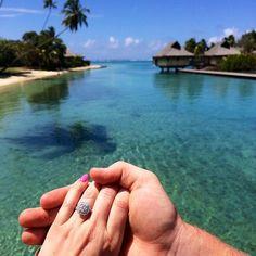 Engagement Announcement Photo Ideas | POPSUGAR Love & Sex