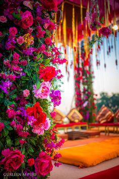 Happiness from corner to corner  Wedding Decor Design by Gurleen M Puri . . . . . #gurleenmpuri #wedding #weddingplanner #modern #love #beauty #decor #indianweddings #happilyeverafter #floral #exquisite #instacool #nofilter #groom #indianbride #weddingdecor #weddings #weddingphoto #weddingplanning #shaadi #happyclients