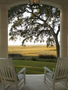 This view + a comfy rocking chair + a tall glass of sweet tea! Love God's BEAUTY!