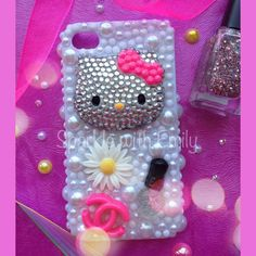RHINESTONE/CANDY CASES - Hello Kitty