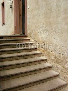 Treppenaufgang zum Eingang eines Gutshauses auf einem Bauernhof in Bad Vilbel in der Wetterau in Hessen