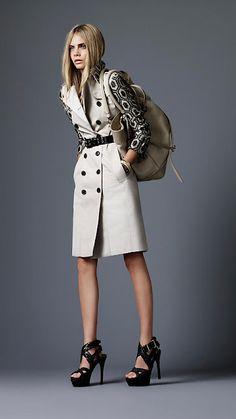 Model - Cara Delevingne