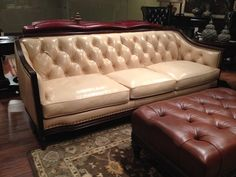 Shop for Hickory Park Furniture Outlet Leather Tufted Sofa by Hancock and Moore, 465793, and other Living Room Sofas at Hickory Furniture Mart in Hickory, NC. Hickory Park has built it's reputation on providing quality furniture and excellent service to it's customers for over 25 years. Our 80,000 sq.