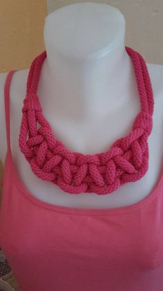ElinorHandmade / Ružový pletený Crochet Necklace, Jewelry, Fashion, Jewlery, Moda, Crochet Collar, Jewels, La Mode, Jewerly