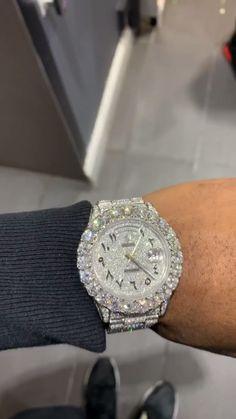 Rapper Jewelry, Used Rolex, Black Girl Aesthetic, Expensive Jewelry, Moissanite Diamonds, Luxury Watches For Men, Luxury Jewelry, Handbag Accessories, Jewelery