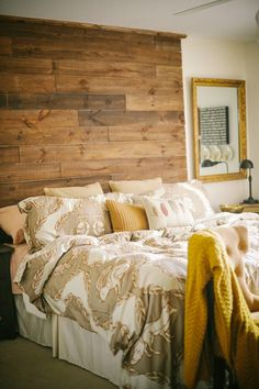 wood headboard that goes to the ceiling //