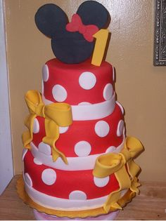 square tier mickey mouse cakes | Minnie Mouse Birthday Cakes Minnie Mouse Polka Dot Dress Birthday Cake ...
