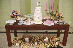 Bordada de tulipas': Decoração vintage/retrô para casamento