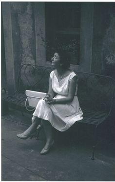 Solange Bertrand dans les années 50. www.fondationsolangebertrand.org