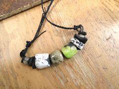 """Un collier avec céramiques raku et ses secrets de lumière : """"Coeurs Galopants"""" : Collier par les-reves-de-minsy"""