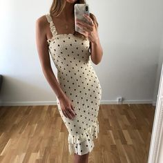 Altering Clothes, Party Looks, Passion For Fashion, Trendy Fashion, Cute Outfits, Short Sleeve Dresses, Style Inspiration, How To Wear, Summer Dresses