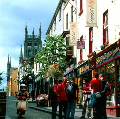 Kilkenny City - This historic medieval city is not only brimming with ancient architecture and lovely boutique shops, but it was also voted one of the friendliest cities in Europe by Conde Nast Traveler magazine!