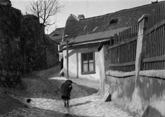 Holdvilág utca. Utca, Old Pictures, Historical Photos, Hungary, Budapest, Landscapes, House Styles, Beautiful, Archive