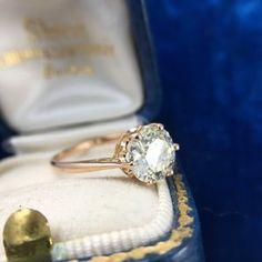 crown-jubilee-diamond-ring-pink-gold.JPG