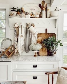 White Cottage, Cottage Style, Farmhouse Style, Vintage Farmhouse Decor, Farmhouse Kitchens, Cozy Cottage, Fall Home Decor, Autumn Home, The Found Cottage